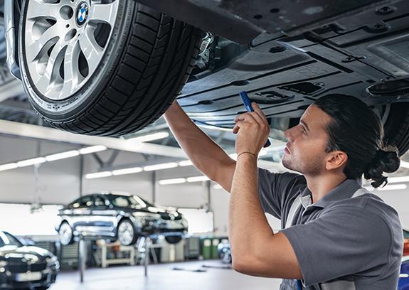 BMW Achsvermessung.