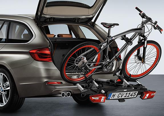 Fahrradheckträger inklusive 3. Kennzeichen.