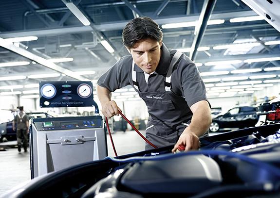 BMW Service Klimaanlage/-automatik.